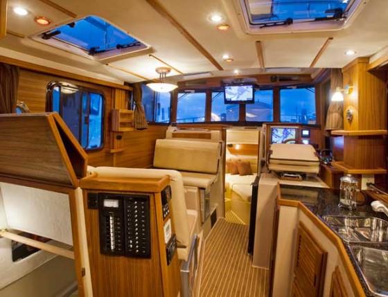 ranger tugs r31 cabin