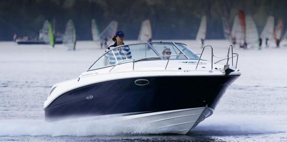 sea ray 235 cuddy cabin boat