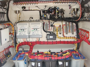 concept4400Wiring.300px p b boat show pics the hull truth boating and fishing forum bay boat wiring at nearapp.co