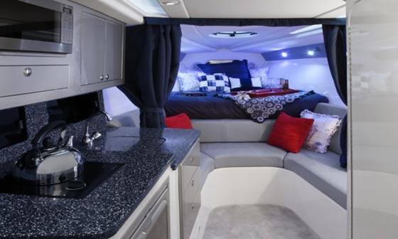 Concept 4400 cabin