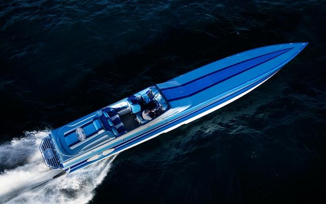 go fast boats five fabulous 50s boats com  cigarette 50 foot marauder