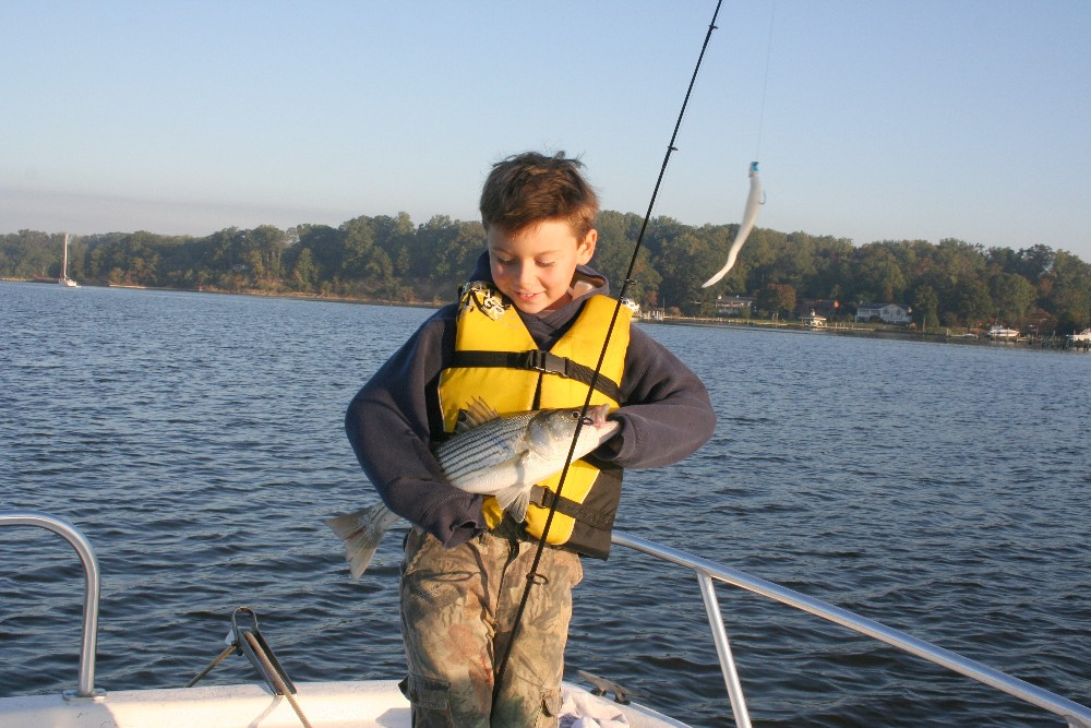 Angler s scholarship fund paves the way for future fishing for Bass fishing scholarships
