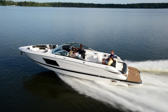 Four Winns Debuts New Horizon 290 Luxury Runabout For 2014