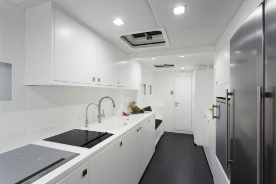 sunreef 80 carbon galley
