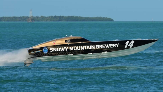 Returning to defend its Superboat V title this year is the 30-foot Outerlimits, Snowy Mountain Brewery.