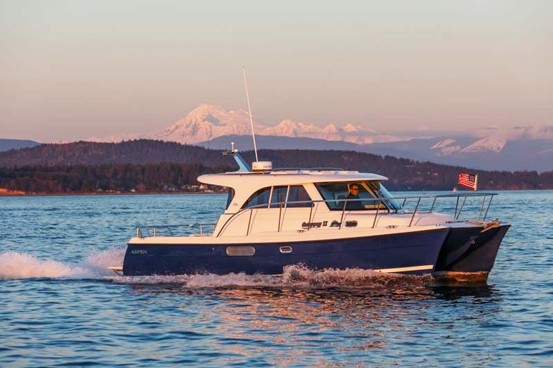 10 top express cruisers favorites for family boating fun for Best boat for fishing and family