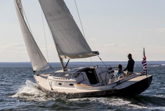 Alerion 41 sailing