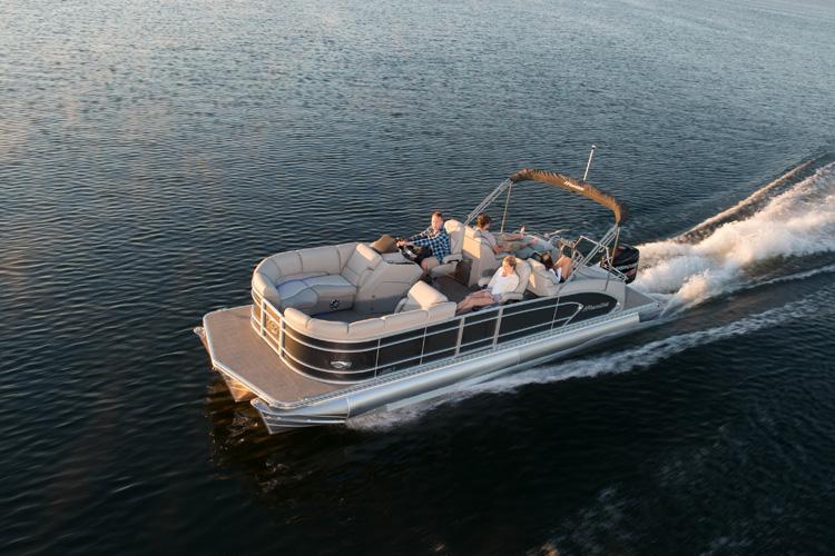 Manitou pontoon boat