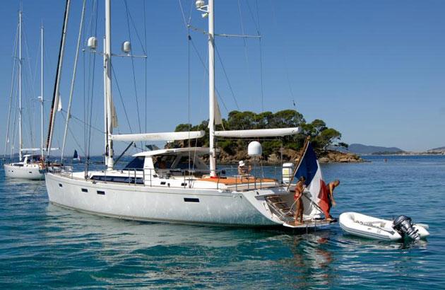Amel 64 bluewater cruiser