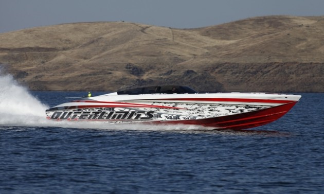 Dustin Whipple's Outerlimits SV 43 is a one-of-a-kind aquatic rocket that can top 150 mph. All photos by Robert Brown.