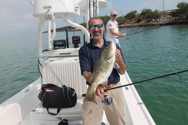 lowrance spotlightscan fishing