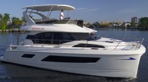 Aquila 44 running boat test