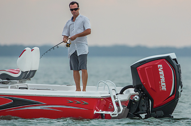 Evinrude E-TEC G2 in action