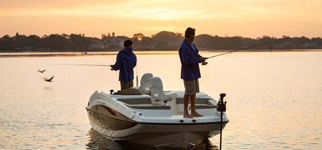 Bayliner element xl add a fishing package get hooked up for Let s go fishing xl