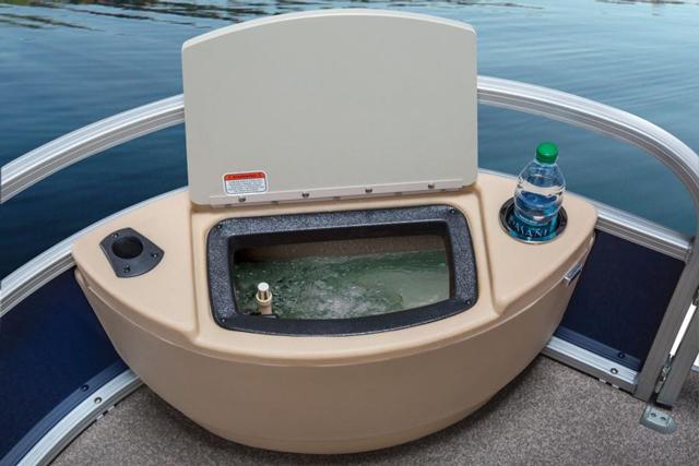 Sun Tracker Fishin Barge 22 Pontoon On The Prowl Boats Com