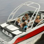 Four Winns Horizon 190 Bowrider: Keep it in the Family