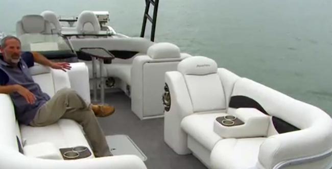Aqua Patio 250 WB Pontoon Boat Video Boat Review