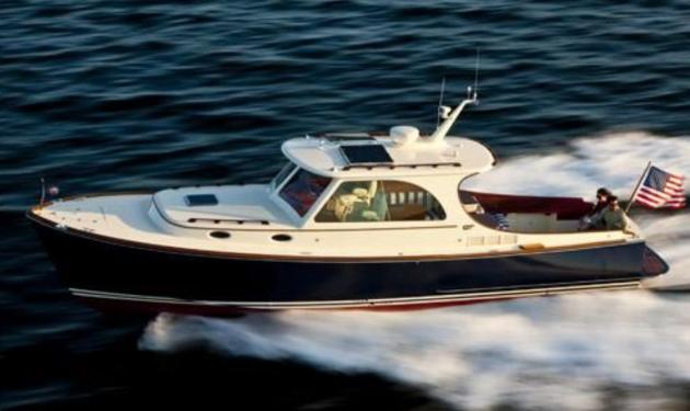 Hinckley 36 picnic boat a true classic for Picnic boat plans