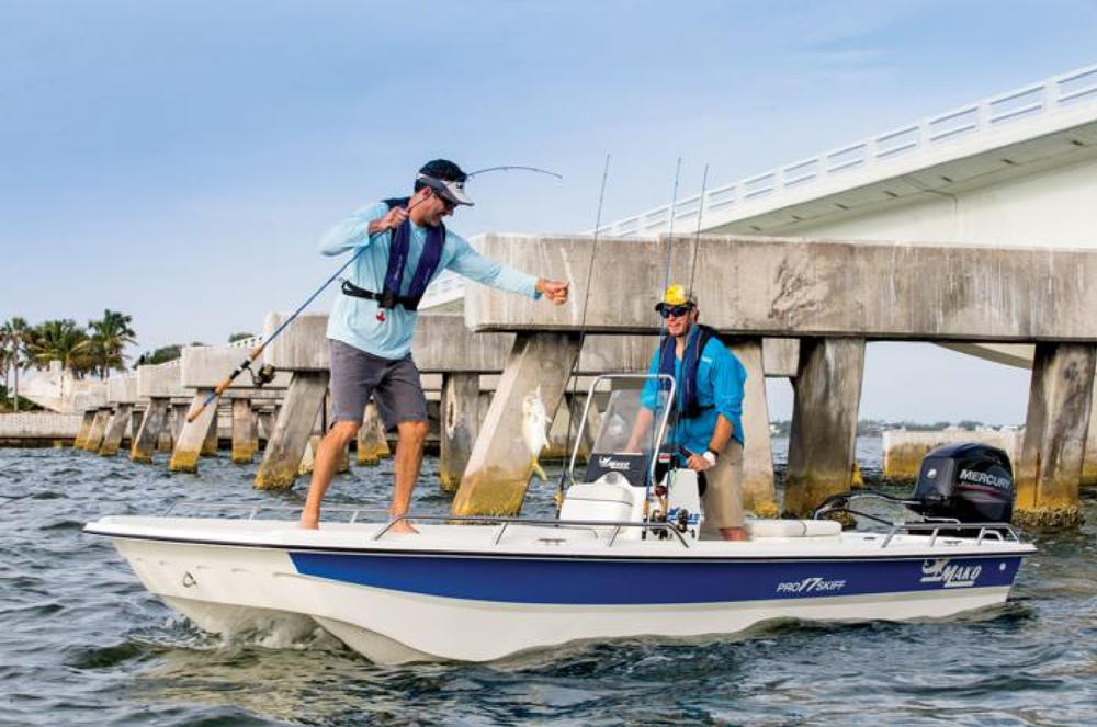 Boats We Love: Mako Pro Skiff 17 - boats.com