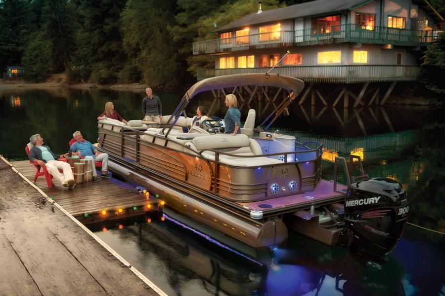 How To Handle A Pontoon Boat Boats Com