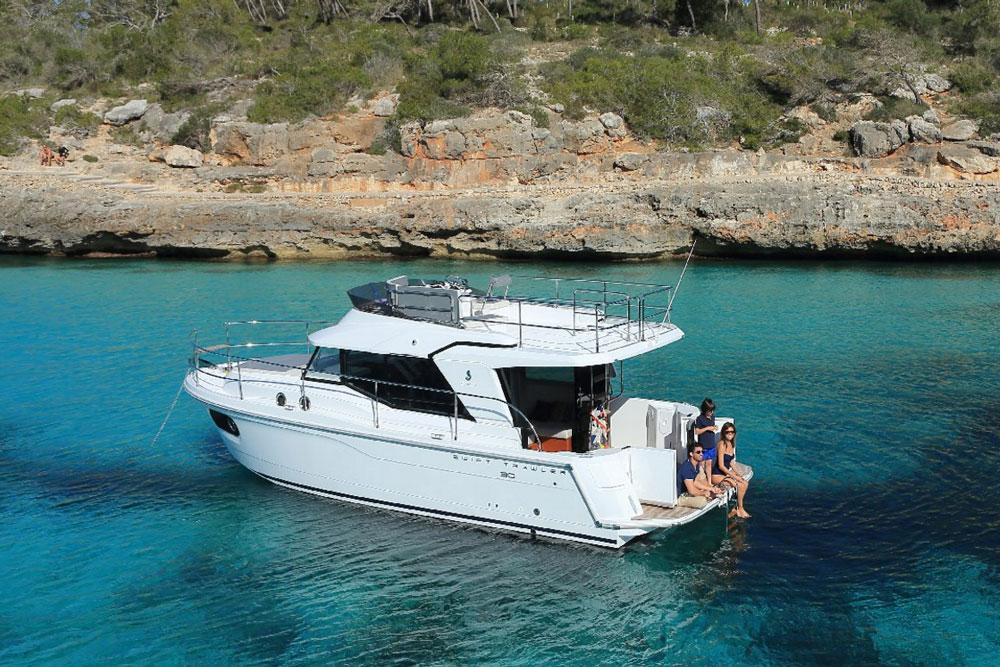 Beneteau Swift Trawler 30: Pocket Cruising for Couples - boats.com