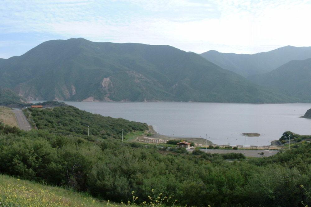 Top 10 fishing destinations bucket list for Castaic lake fishing