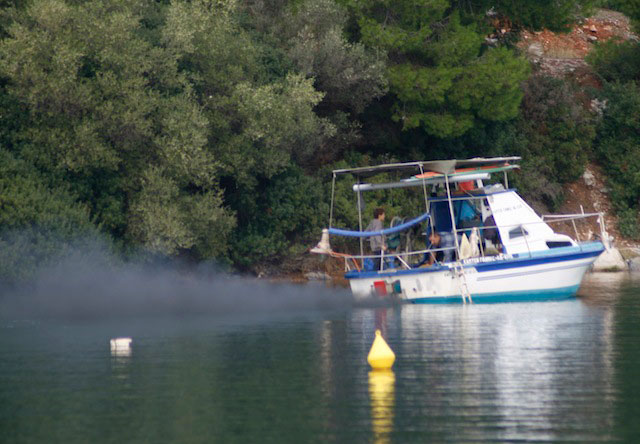 Diesel Engine Smoke: Blue, Black, or White? - boats.com