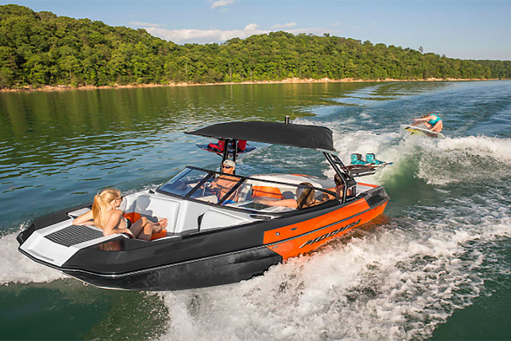 Moomba Helix Review - boats.com