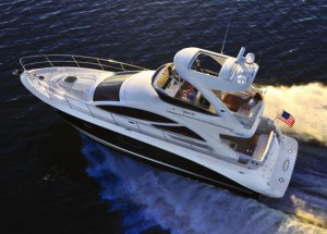 Sea Ray 450 Sedan Bridge Debuts at Miami Boat Show