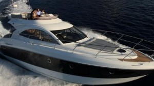 Beneteau Gran Turismo 49 Fly: Amenities, Innovations, and Savings