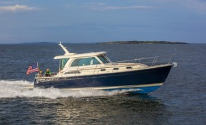 Sabre 38 Salon Express: Powerboat with Feng Shui