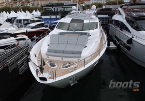 Sunseeker 101 Sport Yacht: First Look Video